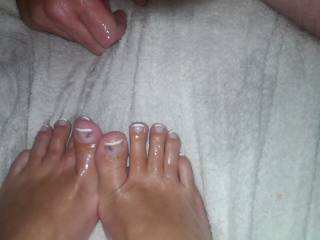 Mmmm!  Can I please suck on those sexy stick toes?