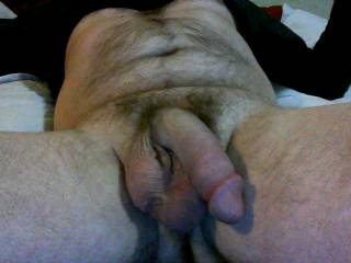 mmmmm love seeing a big, heavy dick hanging, ready to be teased into action.