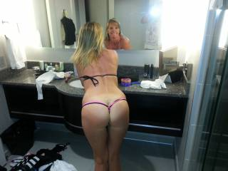 Wife\'s sexy ass and pretty face