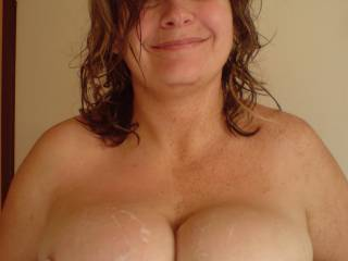 mmm...good girl! Id love to give you a hot load all over those great tits!