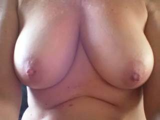 Let's play the name game, tried it a bar once and had a blast. How many names can you come up with for Breasts. One per comment please. I'll start  Fun Bags.......No repeats on the names please and thank you.