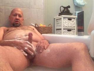 Masturbate in bath for Zoig members makes me really horny!! And I have a great orgasm!!! I'm definitively a nasty exhibitionist!! I hope you enjoy it!!