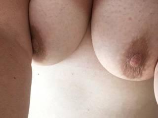 bbw taking sexy selfie