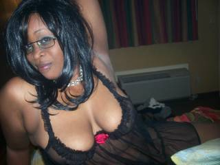 i would love to drill you and have a bj off those sexy lips of yours and shoot my load over your glasses mmm very hot