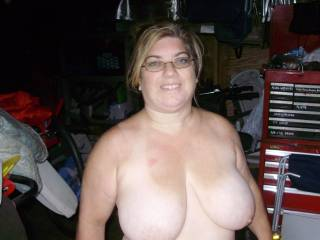 Love to suck,lick,fuck, and so much more to these lovely titties.