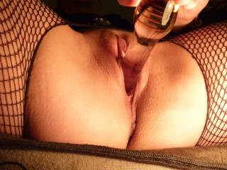 giving it to myself with my new glass dildo, sooo smooth.
