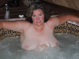 Sexy Mormon lady in her hot tub, care to join her?
