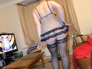 Fabulously feminine and so very sexy, I love seeing you in your horny heels ant this shot is a beaut - Devil xxxx