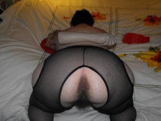 Oh yeah! ... I'd love to put my fist up her hairy pussy, but would love to fuck her first! Would also love to give her hot looking asshole a poke!