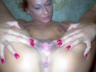 Ummmmmmm so sexy......love to give your pussy n ass my TONGUE COCK N CUM!!!