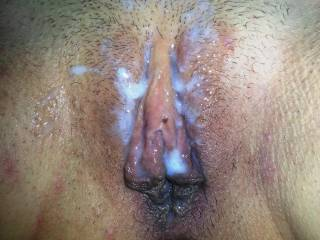 she loves feeling my cum all over her pussy