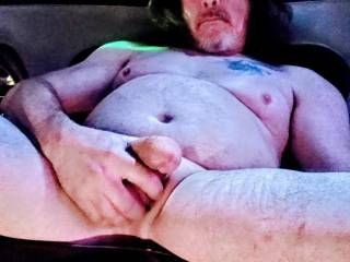 """This,my friends,is what I consider to be a """"luxury limousine cock stroking at work"""",what do you think? Ladies,would you like to join me or give me a helping hand?"""