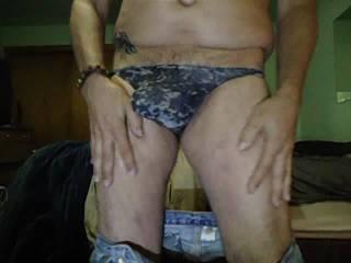I miss stripping sooooooooooo much!!!!!...  I need to get down to my stripper weight...