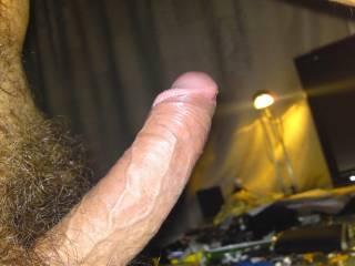 mmmmmmmmmmmmmmmm i would love to suck that thick big cock hard and deep for you honey.