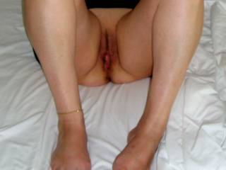 Want you lick her mature pussy?