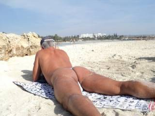 great to wear my white thong