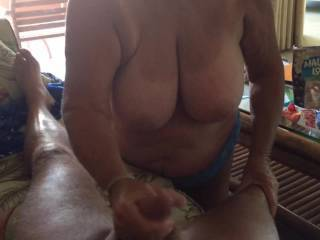 With giving a great blowjob/handjob in Hawaii. I put this in private but not many reviewed it so I thought I would upload it so everyone can see it. Hope you all like it.