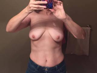 Good Morning ! Beautiful body, would love to see that each day ! So Sexy !