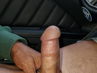Anyone want to suck on my cock boys girls or couple  ?