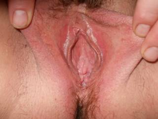 soo  like the way you open your pussy,Im looking right where I want to put my stiff cock after you have sucked me mmmm