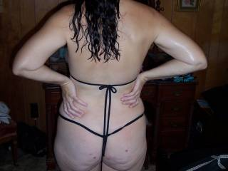 sexy Back side , long hair is sexy how many wraps can I get :)