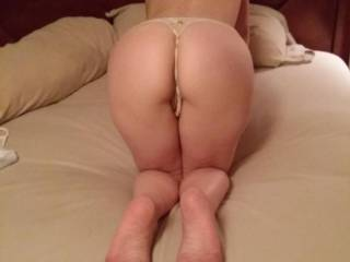 this view makes me want to join you grab your hips pull you back onto my cock and give that pussy a deep hard pounding while enjoying the view of that wonderful ass