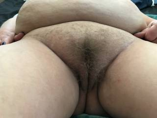 Wife shares her phat BBW pussy for us pervs