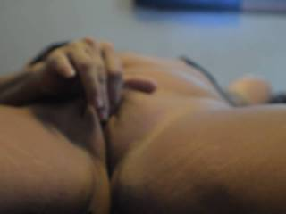 A little pussy play on cam.