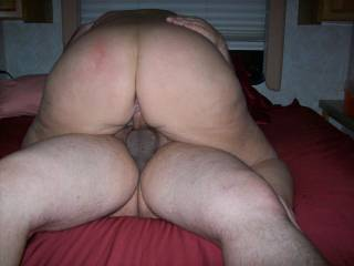Mrs Daytonohfun and her sweet round ass riding me as her hubby takes pics of the action