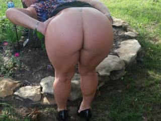 My wife\'s big beautiful ass