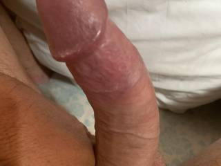 I'm so horny from emailing a zoiger this morning and I really would love a hand