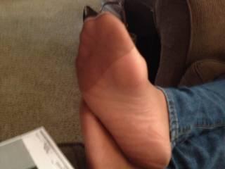 Candid pantyhose feet