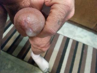 wish my hands were on your big penis making you cum