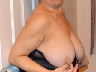 What a fine sexy women with a fantastic looking body mmmmmmm