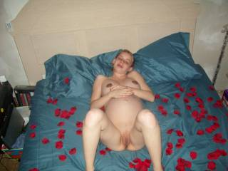 Love the rose petals...Oh and you are very very horny lady !
