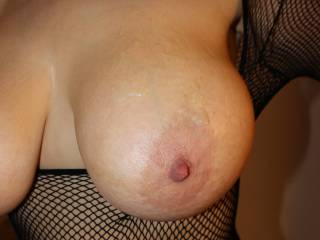 how could he not?!? mmm...would love to join in and add more cum all over your big beautiful tits!!!
