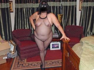 Do you like my new fishnet body stocking?  Kinda see thru...hehehe!