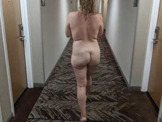 On a recent trip, she squirted in a parking garage and outside the hotel, got her naked ass seen in the car, flashed in an elevator and walked nude in the hotel hallway.