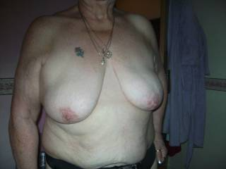 Love to give those little titties a nice covering!!!!! - dan
