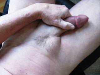 my trimmed pube.... hope you like it