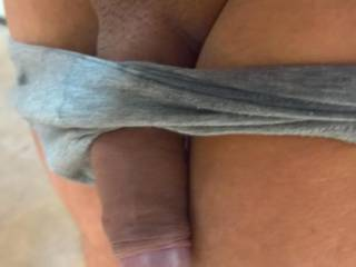 My cock wants be sucked...