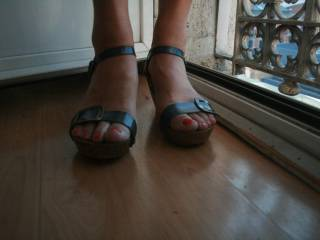 For the feet lovers...Red-toes en navy blue sandal. Do you like?