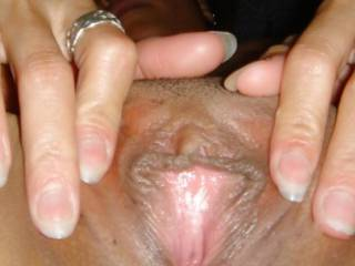 Spreading my tight  pink & brown Asian pussy... who wants sum~!???