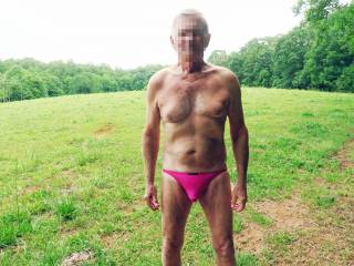 Mr F enjoying the outdoors on a very warm day.  Do you think he should loose the undies?  From Mrs. Floridaman