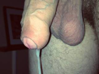 Very nice big thick uncut cock, huge balls....wish that cock was in mouth cumming