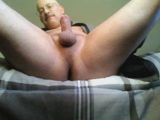 i would suck you in a heartbeat nice cock