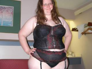 Sexy Fleur is 48 from Wiltshire, UK. She has incredibly massive 40J tits!