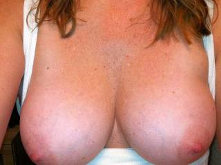 Gorgeous babe my hubby and I would like to kiss and lick your sexy body all over then after hubby has taken you I want to eat and clean you sweet pussy xx