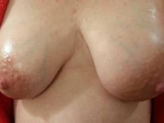 Mmm like to milk those big hard nipples...lean those over