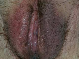 Love to bury my tongue deep into that pretty pussy. If interested just let me know. I am always ready.